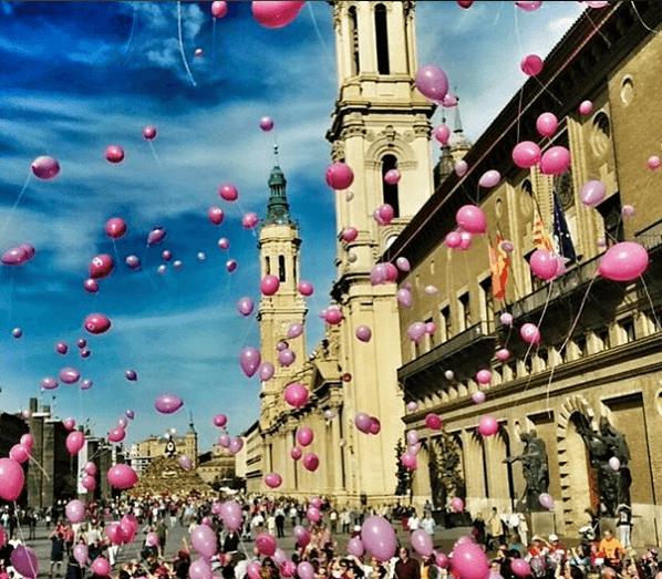 Día internacional contra el cáncer de mama. 353 likes