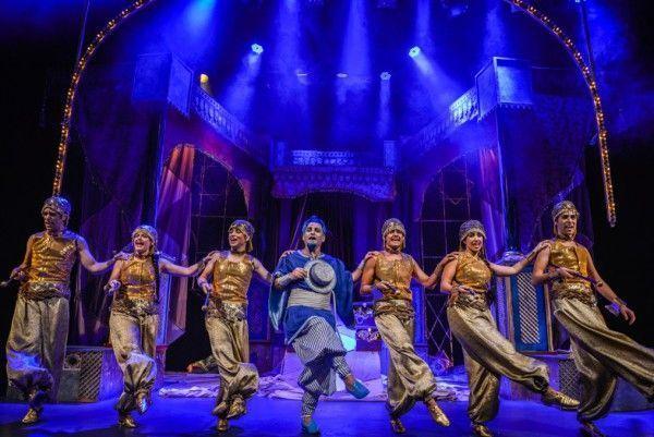Aladin - musical en Zaragoza bailarines